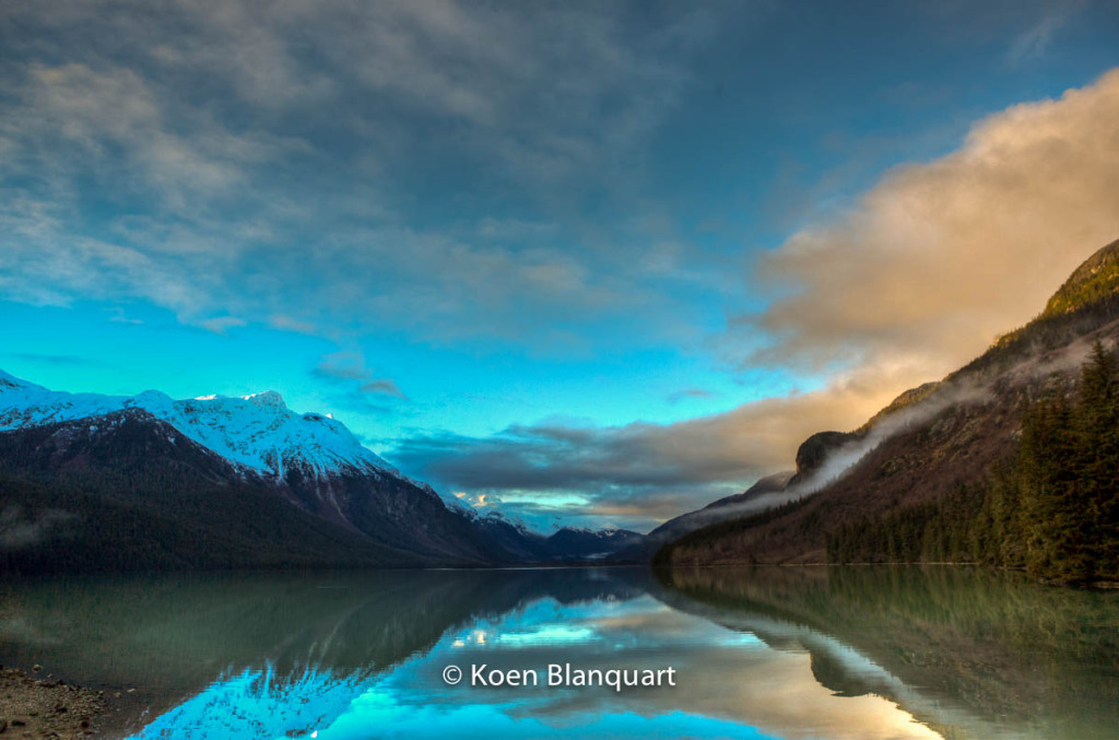 Mountains overlooking Chilkoot Lake (Alaska) - in HDR.
