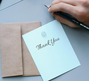 Who to tip at the end of the year, a form of thank you for the people who help us every day.